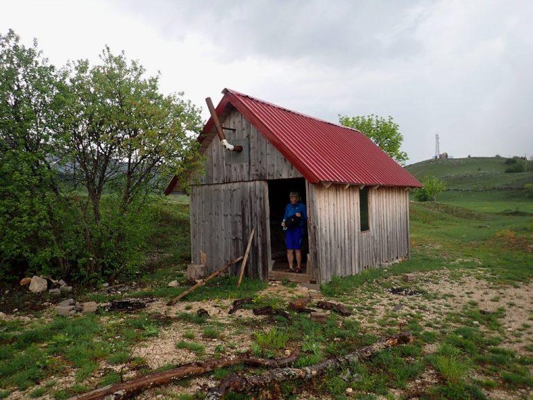 Emergency hunting hut in Velež mountain