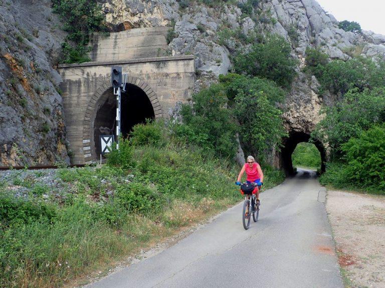 Čiro cycling route close to Počitelj