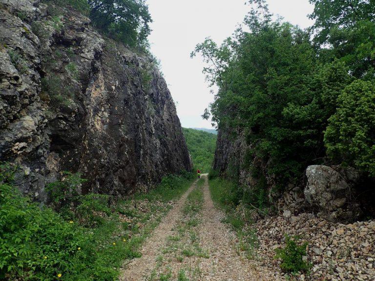 Čiro cycling route after Dračevo