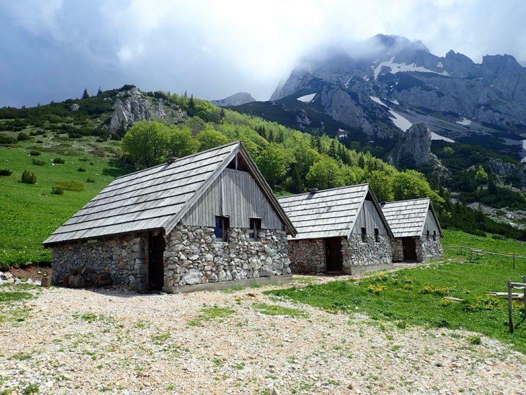Prijevor pass (1 668 m), tourist shelters