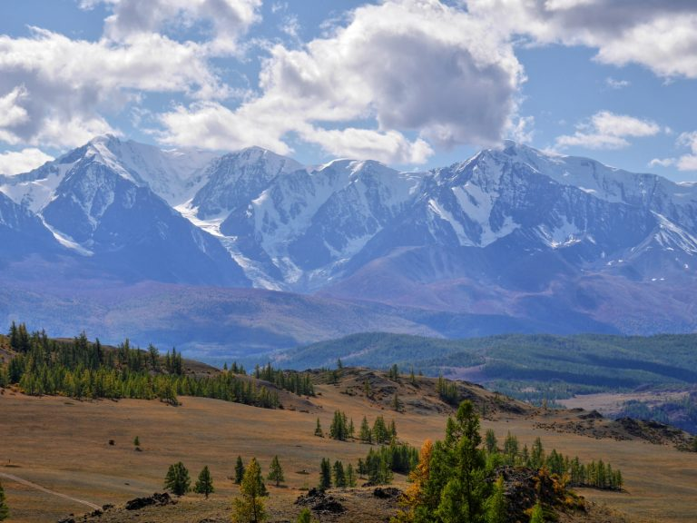 Russian Altai, its hidden potential is equal to any of the world-famous tourist centers.