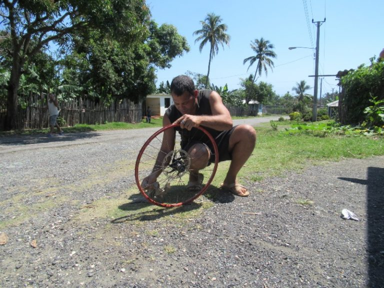 First and last puncture, the locals took the problem in their hands immediately, repaired, even washed the rim!