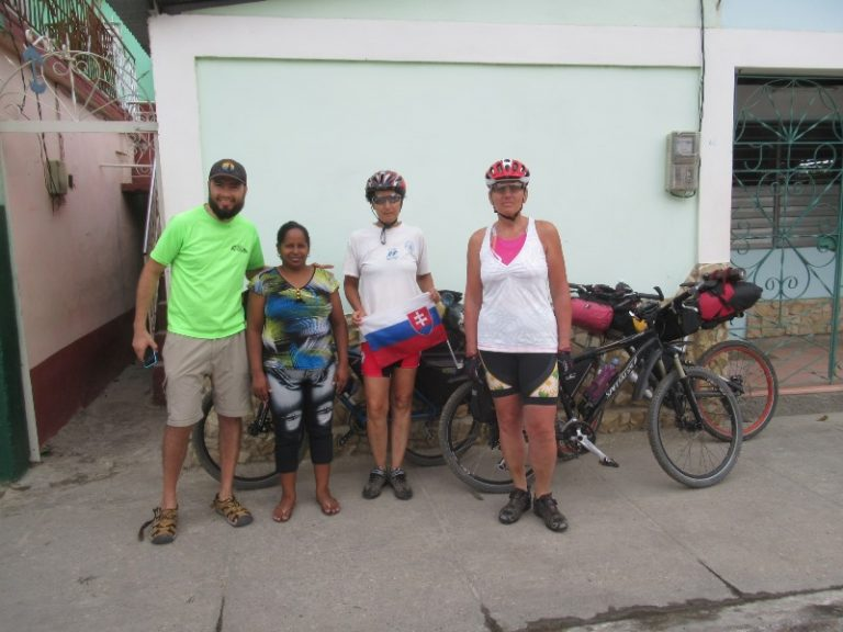 The casa particular is also an opportunity to meet cyclists (Eduardo, Chile), and so we have added another country on our expedition list.