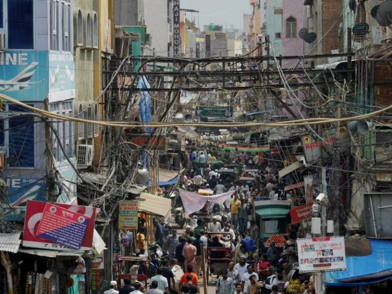 Incredible India: Old Delhi, Chawri bazaar, for the Europeans be back for two centuries.