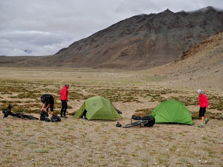 Debring - first night in 4 000 m during sand storm.