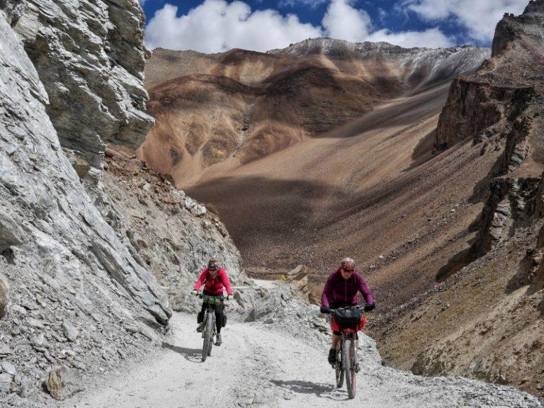 Climbing to Bharatpur.