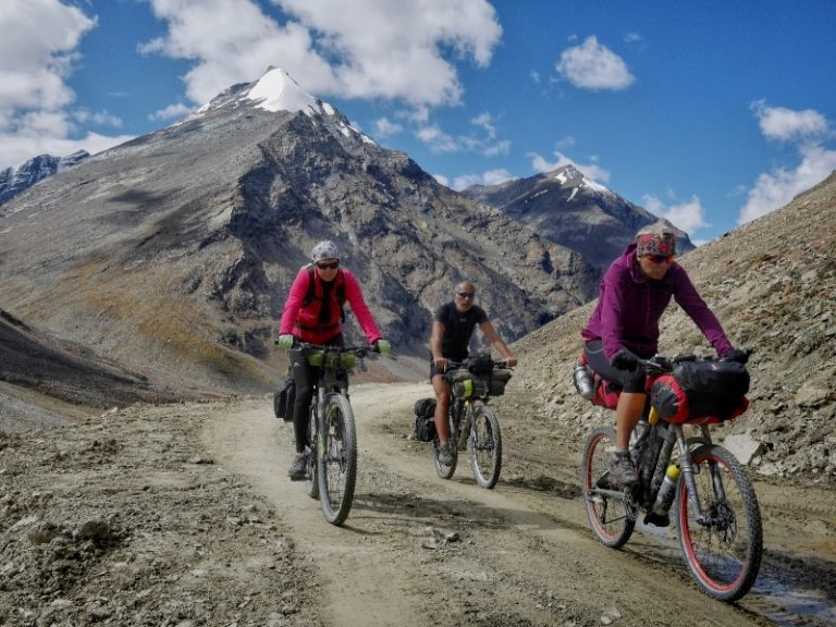 Back on the bikes, we leave Manali-Leh highway and start to climb towards Zanskar.