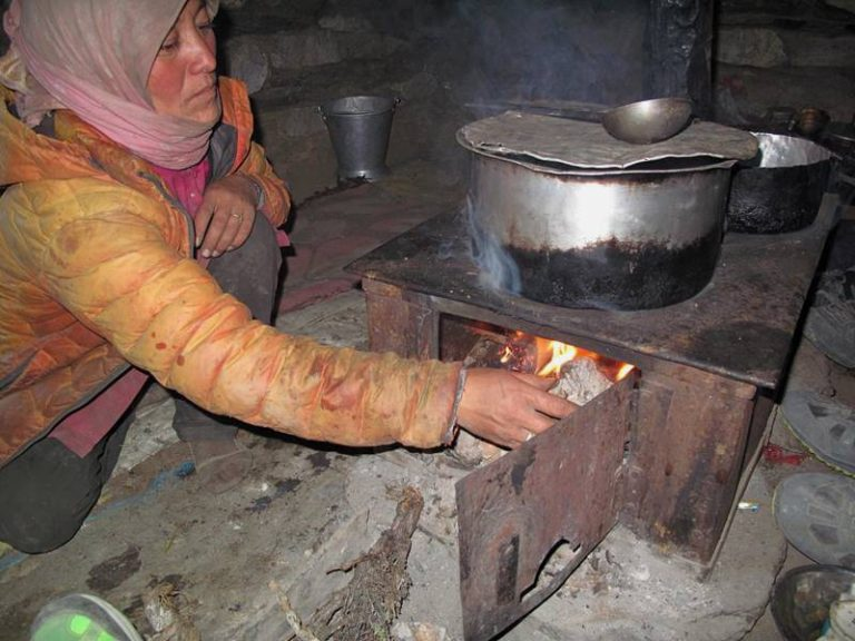 Heating and cooking with yak shits only :)