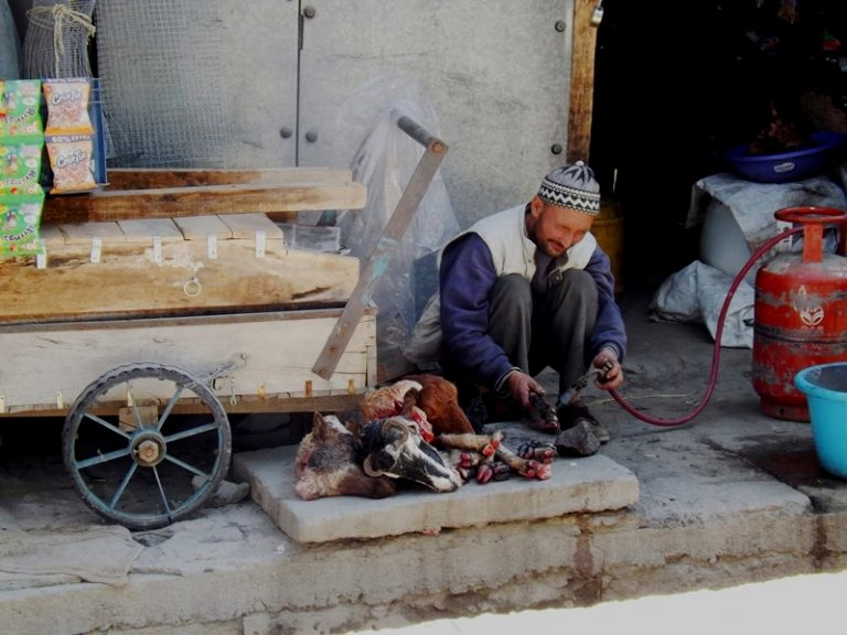 Street meat processing, it means the beginning of the Muslim part.