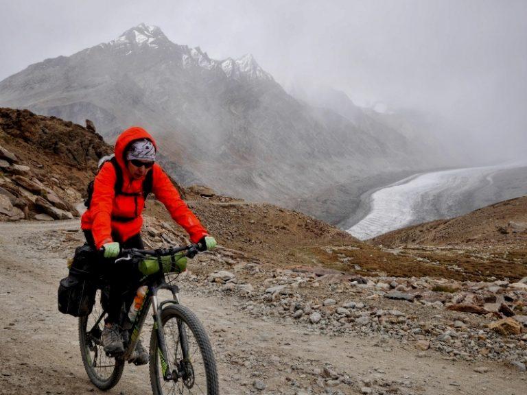 Drang Drung glacier on the way to Pensi La pass.