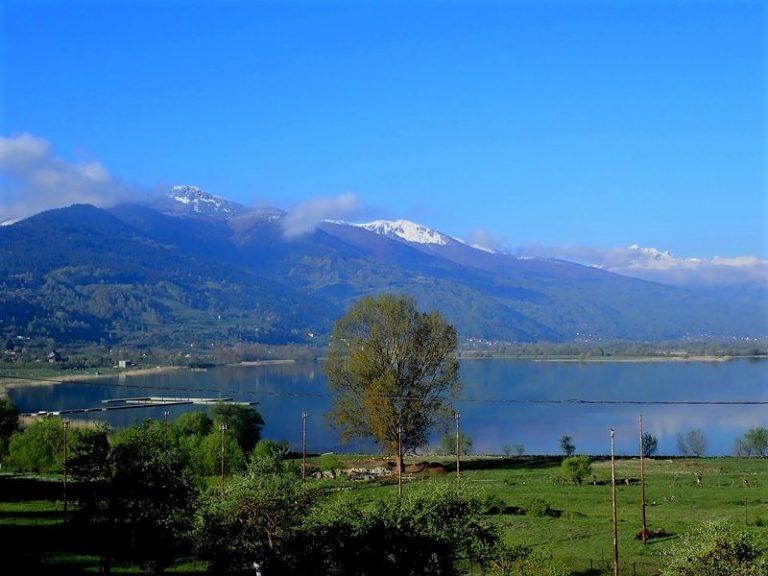 Finally sunny morning - Lake Plav.